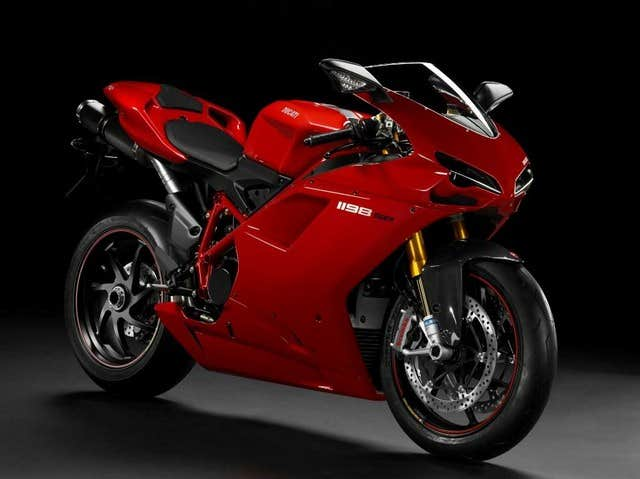 Play Ducati 1198 Jigsaw Puzzle