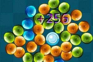 Play Gravity Pearl Elimination