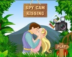 Play Spy Cam Kissing