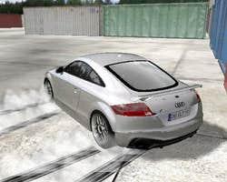 Play Audi TT RS Drift