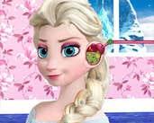 Play Elsa Ear Treatment