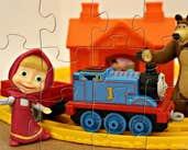 Play Masha and The Bear at Train Station